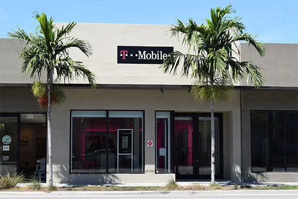 T-Mobile, Midtown Miami